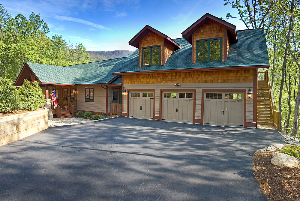 Greybeard realty and rentals for Asheville mountain homes