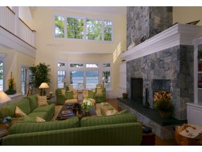 Lake Winnipesaukee Real Estate - Luxury 16 room estate