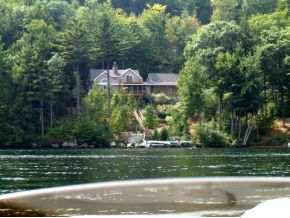 Lake Winnisquam waterfront home in Meredith NH