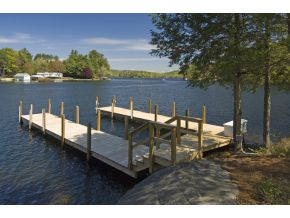 Luxury Lake Winnipesakee home for sale