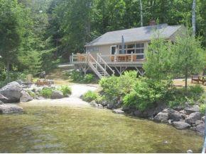 Lake Waukewan lake home for sale - 603-729-0435 - Waukewan Real Estate