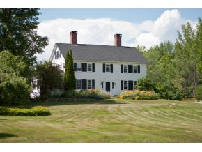Center Harbor NH Real Estate for sale - Antique Colonial
