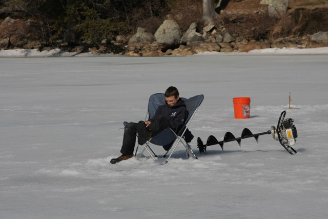ice fishing - 1 kid