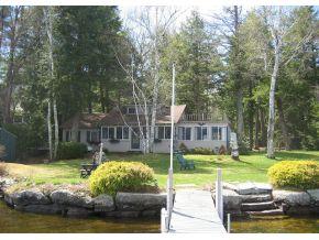 Seasonal Cottage on 43,000 acre lake Winnipesaukee for sale