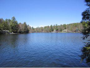 lake winnipesaukke real estate