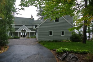 winnipesaukee lakefront property