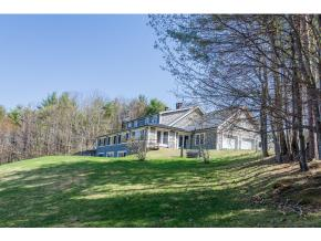 3 Lavish Homes and Barn with Waterfront $2 million