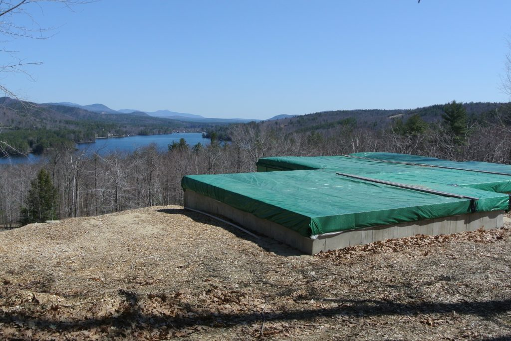 This Lake View Location is ready for your new home