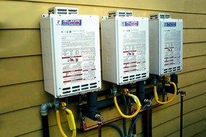tankless-water-heater-takagi_23205fb3136e1af43c4b42479f263510_3x2_jpg_300x200_q85