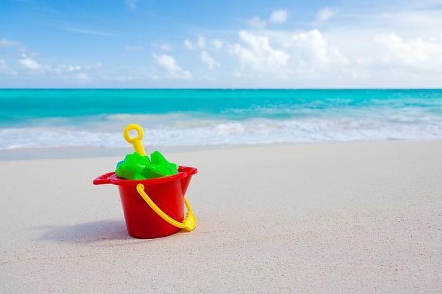 beach pail & shovel