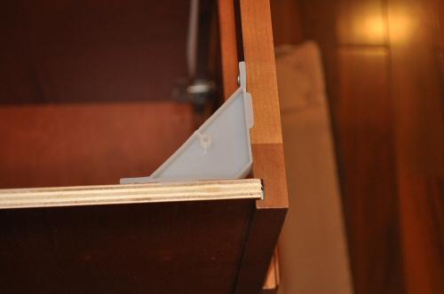corner brace cabinet