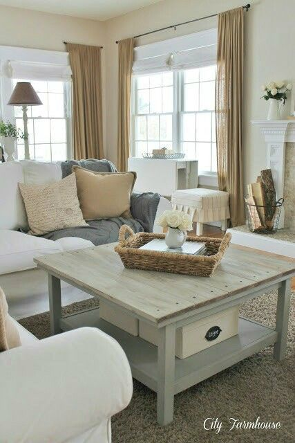 summer family room