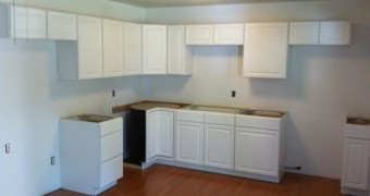 white stock kitchen cabinets