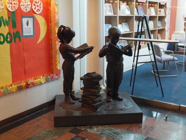 roxbury-statue