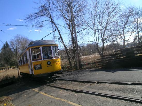 shore-line-trolley-museum
