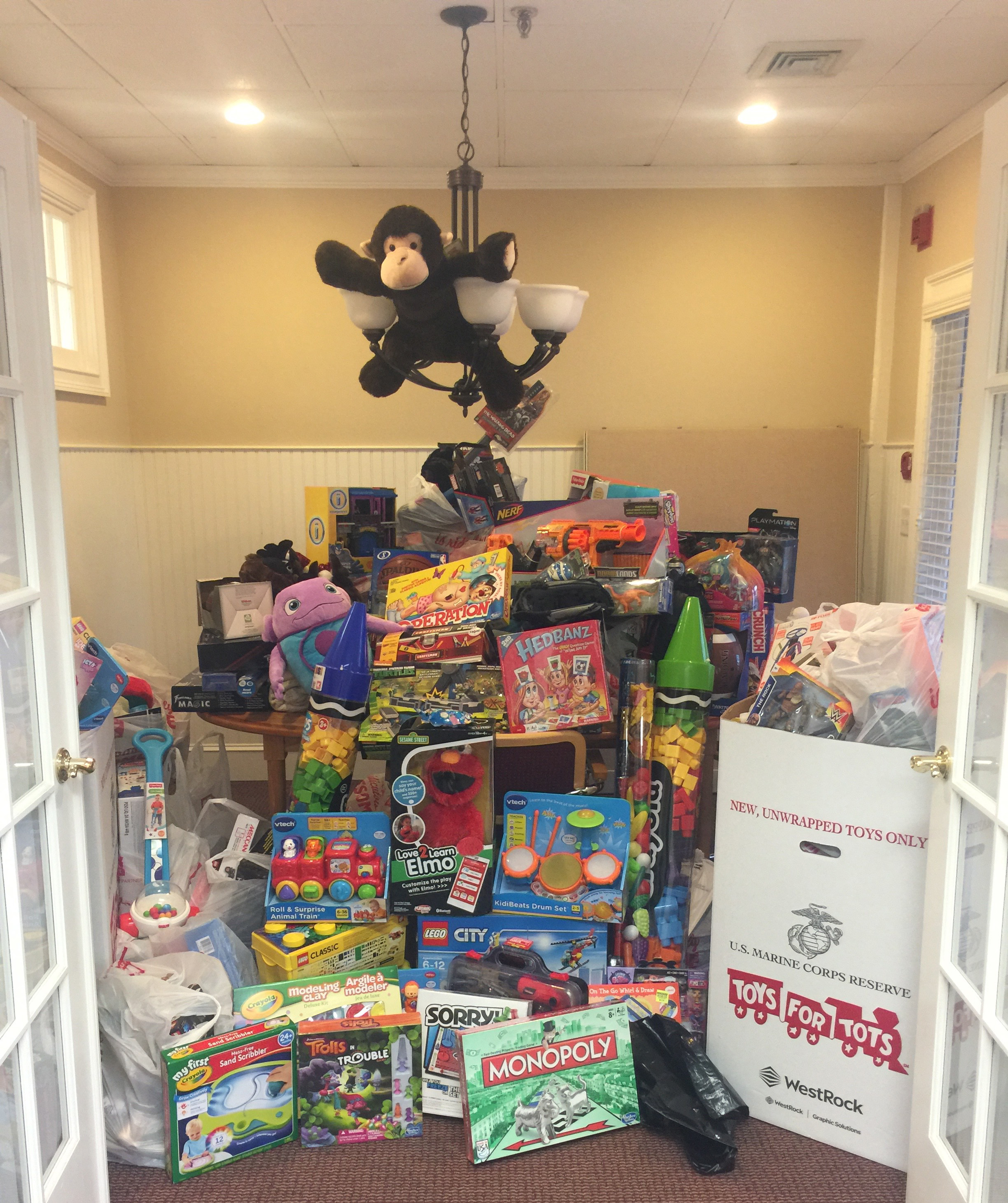 toys-for-tots-donation
