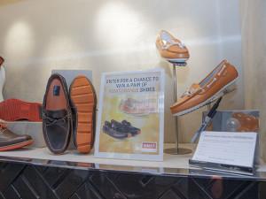 Unit Orange shoes